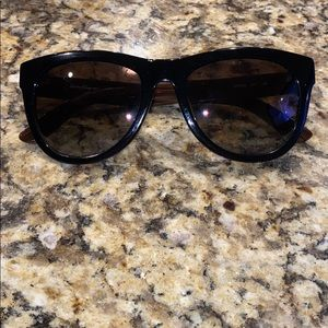 Salvatore Ferragamo sunglasses 🖤